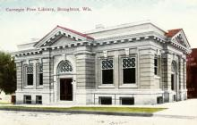 The library as it appeared in 1920.